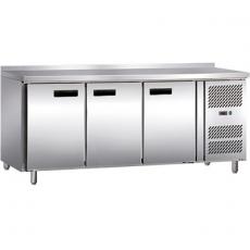 Stół chłodniczy 3-drzwiowy<br />model: 841036<br />producent: Stalgast