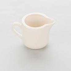 Dzbanek porcelanowy na mleko LIGURIA<br />model: 395509<br />producent: Stalgast