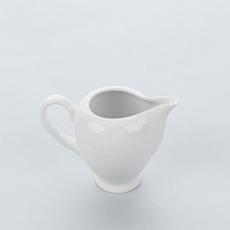 Dzbanek porcelanowy na mleko APULIA<br />model: 394011<br />producent: Karolina
