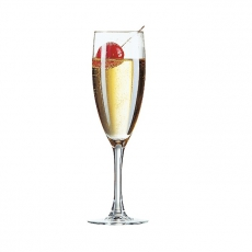 Kieliszek do szampana PRINCESA<br />model: J4166<br />producent: Arcoroc