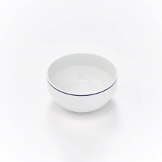 Salaterka porcelanowa KONESER - śr. 13 cm<br />model: 395967<br />producent: Karolina