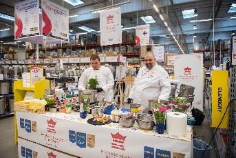 Otwarcie stoiska M&M Gastro w hali Makro Katowice (kucharze: Michał Bałazy i Michał Grzywacz)